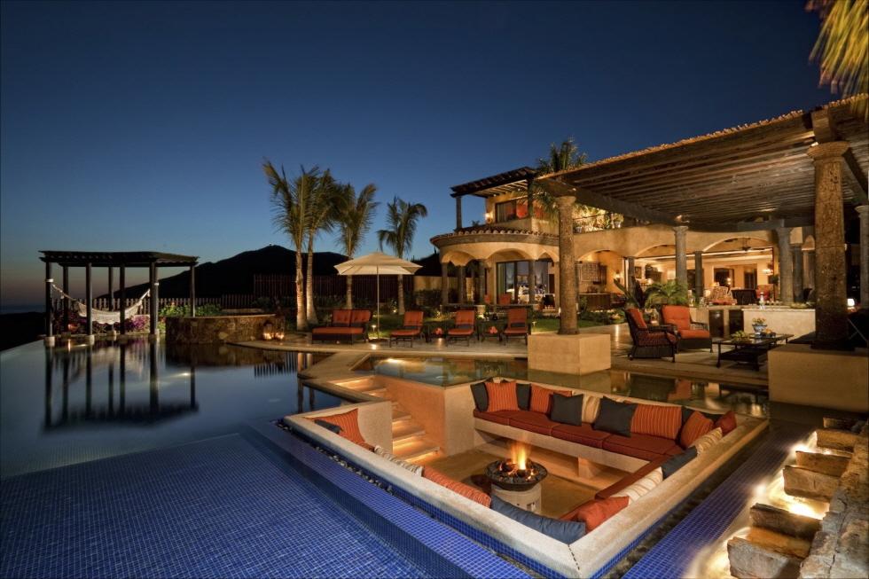크기변환_Luxury-Backyard-Patio-Design (1).jpg